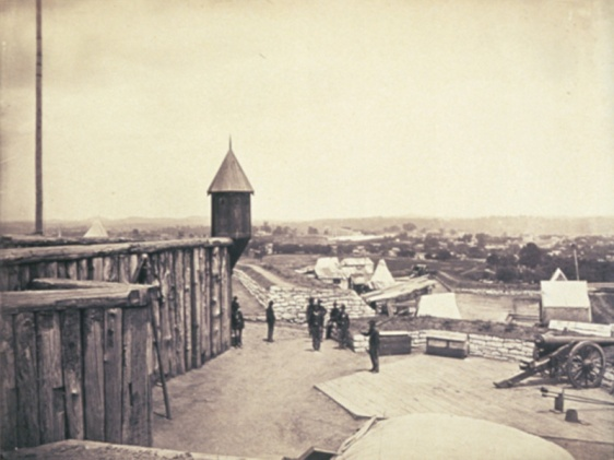Fort_negley_1864