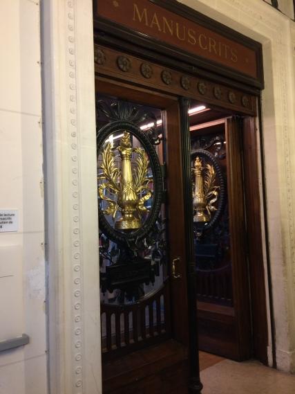 The mesmerizing entry to the Salle de Manuscrits at the Bibliothèque nationale de France (Richelieu).